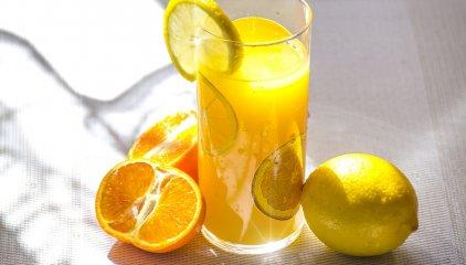 Jak dawkować witaminę C?