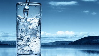 Fakty i Mity na temat picia wody